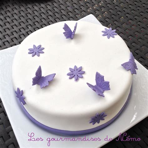 gateau simple pate  sucre gateau theme papillons