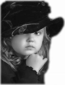 Fille Noir Et Blanc : belle petit fille en noir et blanc ~ Melissatoandfro.com Idées de Décoration