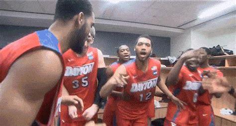 dayton players danced  upsetting syracuse  big lead