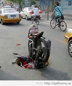 123 funny Picture: Funny bike accident image, sports bike ...