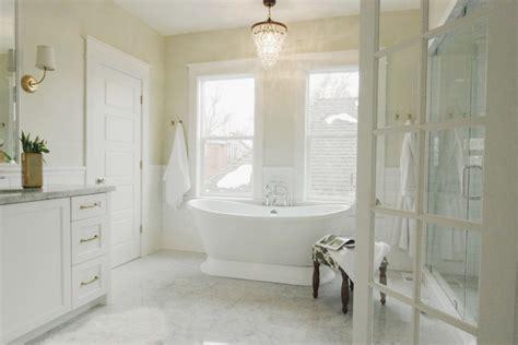 Bright Master Bath
