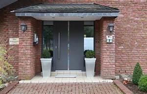 Vordach Haustür Mit Seitenteil : haust ren mit seitenteilen metallbau hunold ~ Buech-reservation.com Haus und Dekorationen