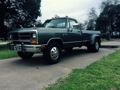 Dodge D350/LE350 Cummins First Gen Diesel Dually for sale