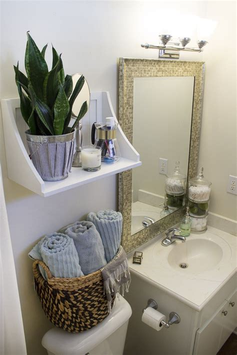 Small Apartment Bathroom Storage Ideas by Small Rental Bathroom Makeover 2 Not A Passing Fancy