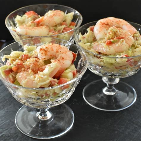 Learn how to make congealed salad recipes like this one; Ideas for The Holidays at The Hearth and Soul Link Party - April J Harris