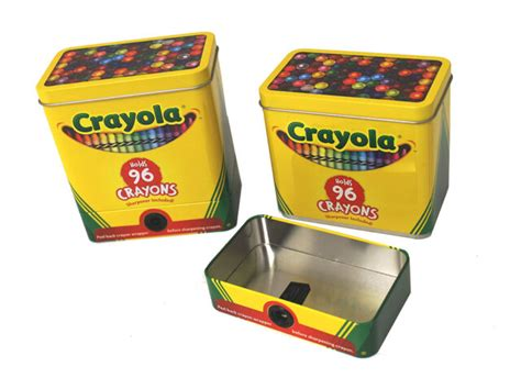 Crayola Crayon Tin With Detachable Sharpener Plus 64 Ct