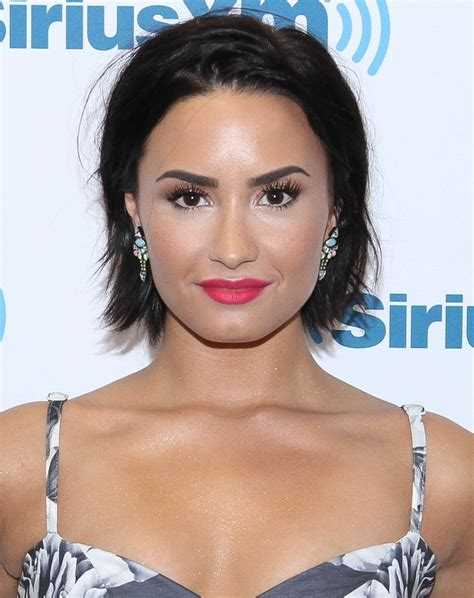 10 Things You Totally Didn't Know About Demi Lovato ...