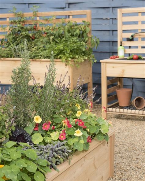 garden supply company splendor in the garden trillionaire