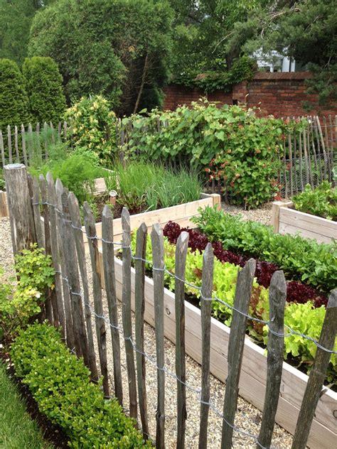 green garden fence vegetable garden inspiration garden 1374