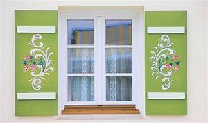 Fensterläden Kaufen Preis : haus im bayrischen stil typisches haus in bayern ~ Yasmunasinghe.com Haus und Dekorationen