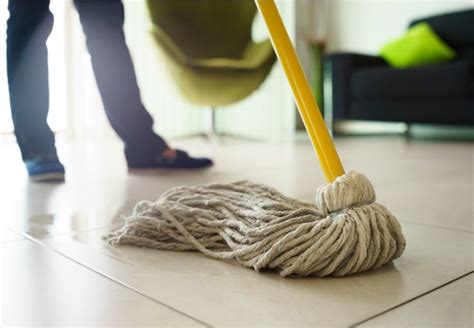 how to use a mop how to mop a floor the right way bob vila