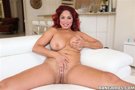 Plump Redhead Helen Cielo Boned On The Couch Milf Fox