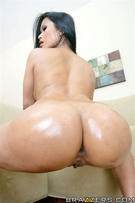 1 800 Big Wet Butts Free Video With Keiran Lee Brazzers Official