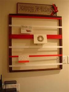 DIY Christmas Card Holder I love this idea I am one of