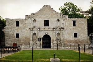 Travel Thru History Remember The Alamo In San Antonio
