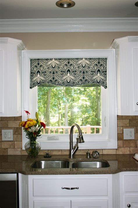 Kitchen Valance by Kitchen Window Cornice Ideas Kitchen Window Valances