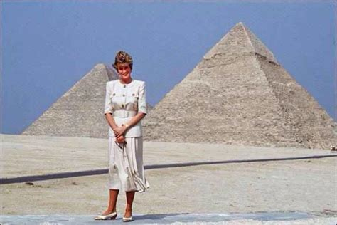 egypt diana princess pyramids lady celebrities giza sphinx 1992 visited famous egyptian wales tours tour riddles uploaded user