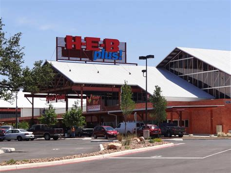 H-e-b's Largest Store Opens In Sa