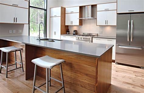 mod鑞e de plan de travail pour cuisine cuisine bois et blanc laqu impeccable cuisine noir gris et bois guirlande cuisine en