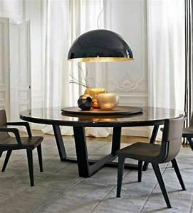 Runder Esstisch Mit Stühlen : die besten 25 runde tische ideen auf pinterest runder ~ Lizthompson.info Haus und Dekorationen