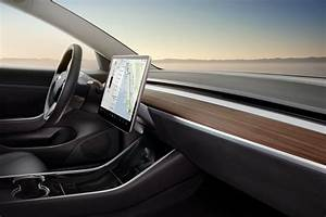 Tesla Model 3's interior is a smart design that will 'age gracefully' - Electrek