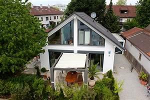 Japan Haus München : splitlevel haus muenchen lerchenau 2p ~ Lizthompson.info Haus und Dekorationen