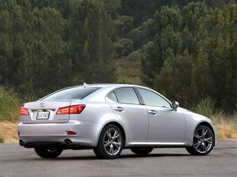 Is300 Is A Sporty Entry Level Lexus Review, Prices & Specs
