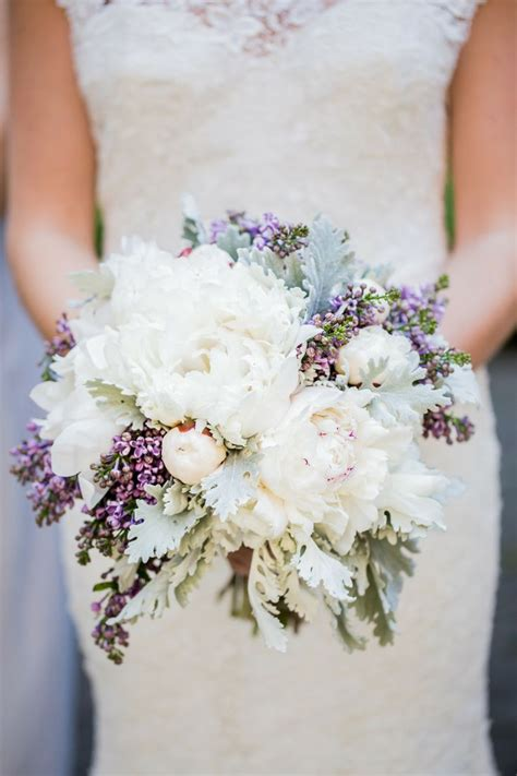 finding   flowers   wedding bouquet