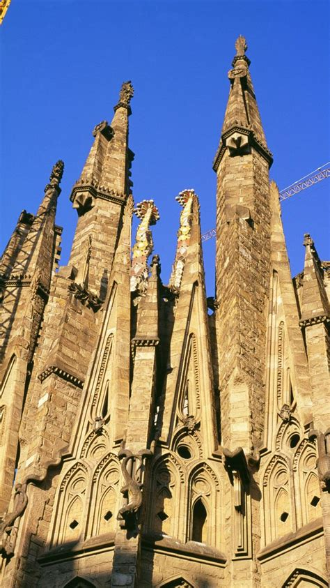 barcelona spain cathedral wallpaper