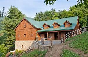 Hillside Horse Barn - Traditional - Garage And Shed