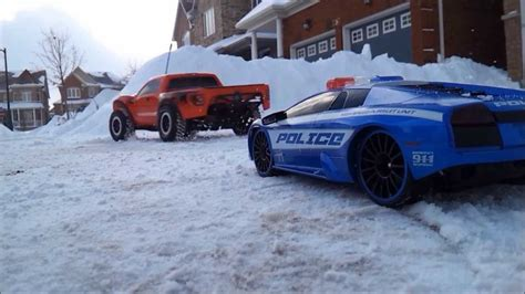 Greatest R/c Car Chase Ever In The Snow (hd)