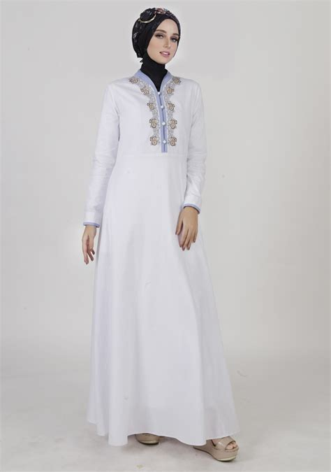 beragam busana muslim gamis model terbaru berwarna putih