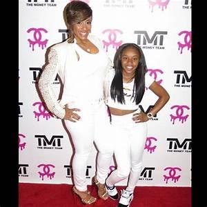 Floyd Mayweather Jr. Paid Nicki Minaj $50,000 To Attend ...