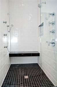 Minimal modern black and white bathroom remodel modern for Black and white modern bathroom