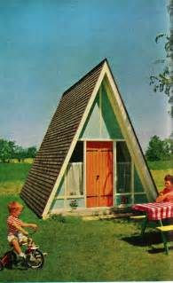 small a frame cabin relaxshacks ten cool tiny houses shelters treehouses and houseboats