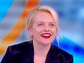 Watch Elisabeth Moss react to the cast of 'The Handmaid's ...