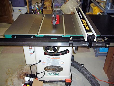 grizzly cabinet saw g0690 review grizzly g0690 vs g0715p by alpiner