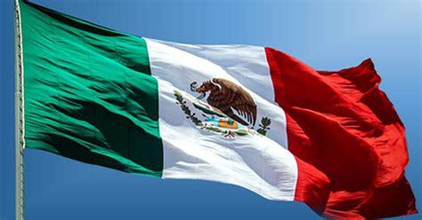 Encuentran error en la bandera de México - Proyecto Puente
