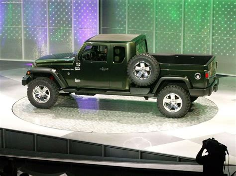 jeep wrangler pickup concept 2005 jeep gladiator concept photo gallery autoblog