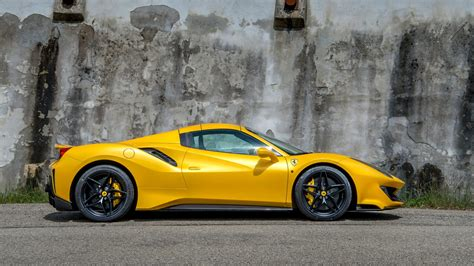 The 3902 cm3 cylinder v8 can. Ferrari 488 Pista Spider - Ultimate Guide