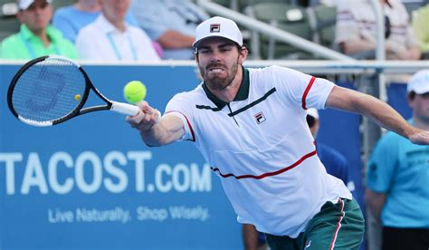 Jun 03, 2021 · reilly opelka played three clay tournaments before roland garros. Opelka serves up second title at Delray Beach Open - Tennis Majors
