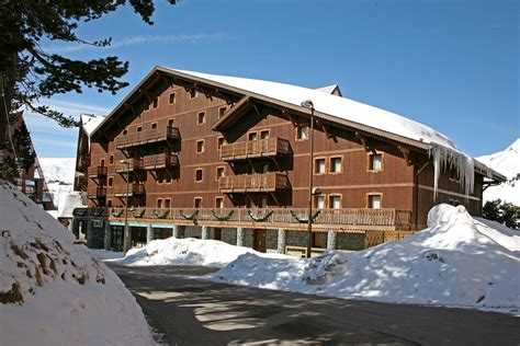 chalet altitude arcs 2000 arc 2000 booking