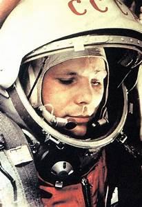 Pin by Maria Meidger on Yuri Gagarin | Pinterest