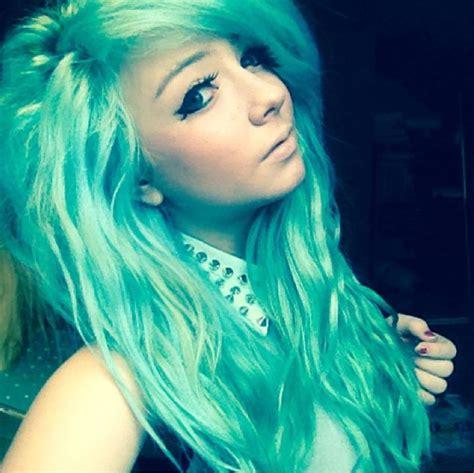 Manic Panic Panic Atomic Turquoise And Voodoo Blue Hair
