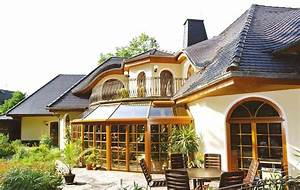 Häuser Im Landhausstil : hausbau massiv schl sselfertig oder in freier planung ~ Watch28wear.com Haus und Dekorationen