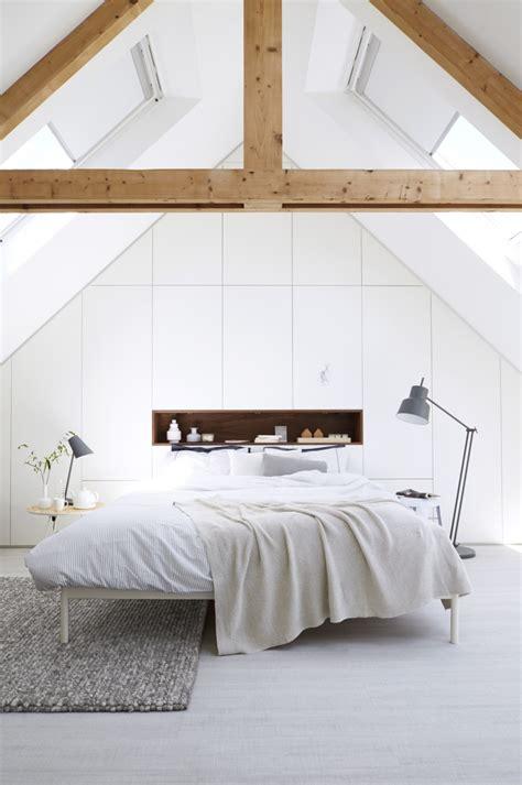 chambre sous combles une chambre sous les toits frenchy fancy