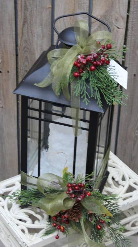 christmas theme lantern decorated lanterns pinterest