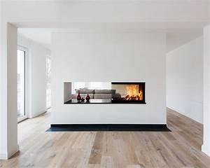 Raumteiler Küche Wohnzimmer : dreisseitig einsehbarer kamin als raumteiler zwischen kueche und wohnraum jana traumhaus ~ Sanjose-hotels-ca.com Haus und Dekorationen