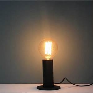 Lampe A Poser Noire : lampe poser z nith noire ledition ~ Teatrodelosmanantiales.com Idées de Décoration