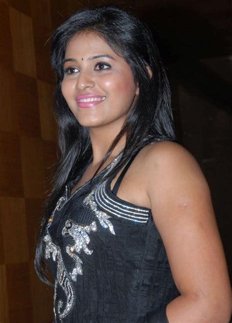Anjali devi & anuhya reddy &aparna & arya vora & bobby lonia. Life is Beautiful!: Anjali in Chudidar Stills.